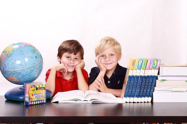 Estudiantes con beneficios de alumno prioritario
